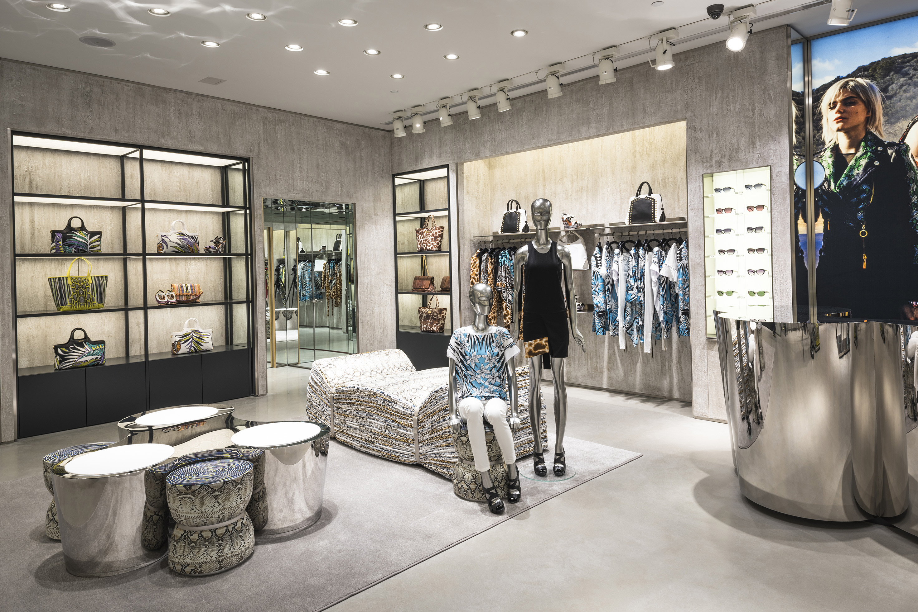 the latest a121e a10f8 Just Cavalli apre a Aventura Mall, Miami – Florida | Adriaeco