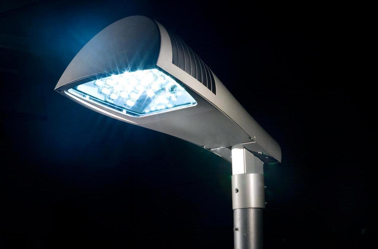 Ancona sempre più green grazie alle luci led adriaeco
